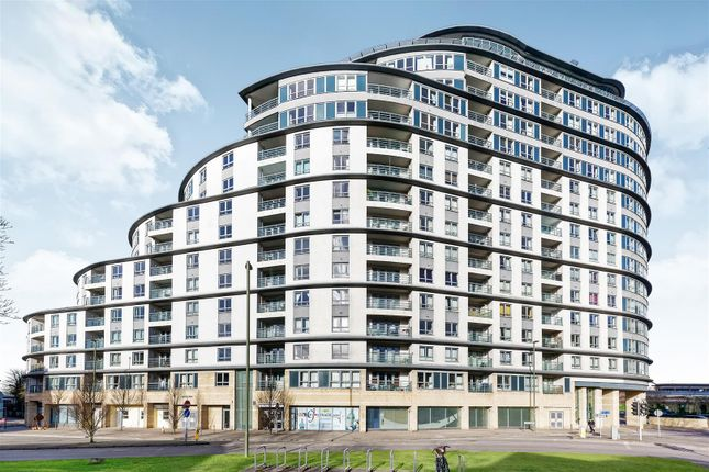 Thumbnail Flat for sale in Station Approach, Woking