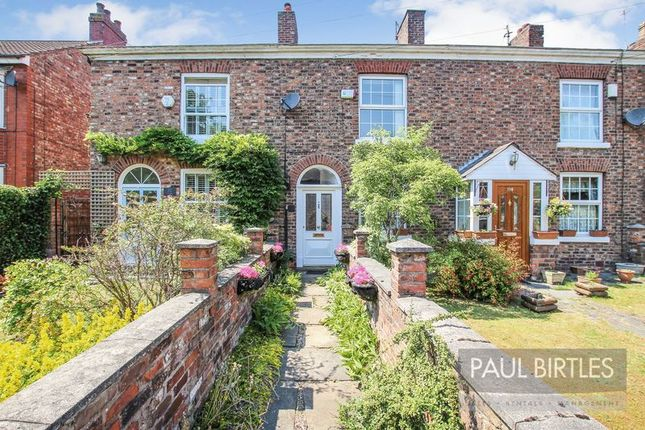 Thumbnail Cottage for sale in Flixton Road, Flixton, Manchester