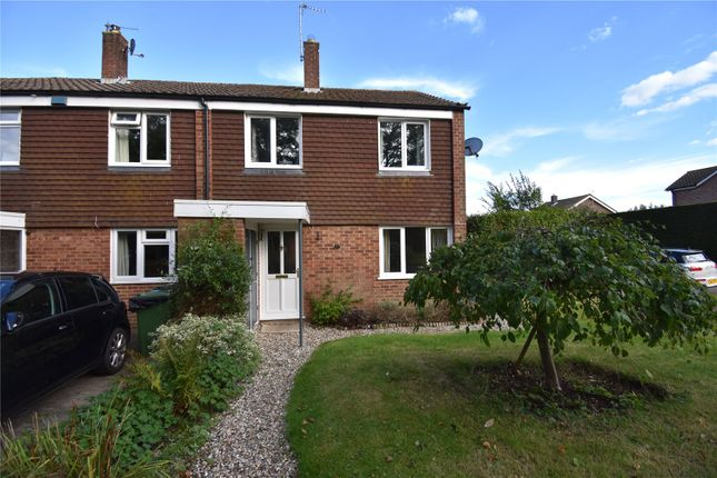 3 bed semi-detached house to rent in Cedar Drive, Kingsclere RG20
