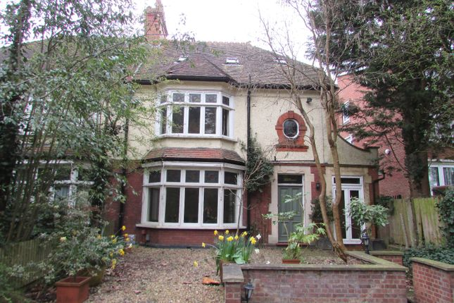 Thumbnail Detached house to rent in London Road, Luton