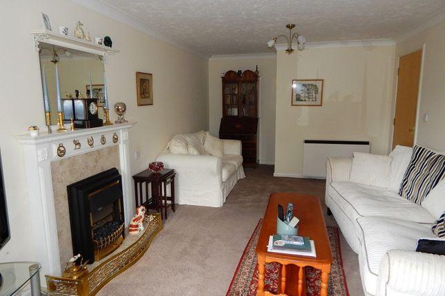 Lounge of Mayals Road, Blackpill, Swansea SA3