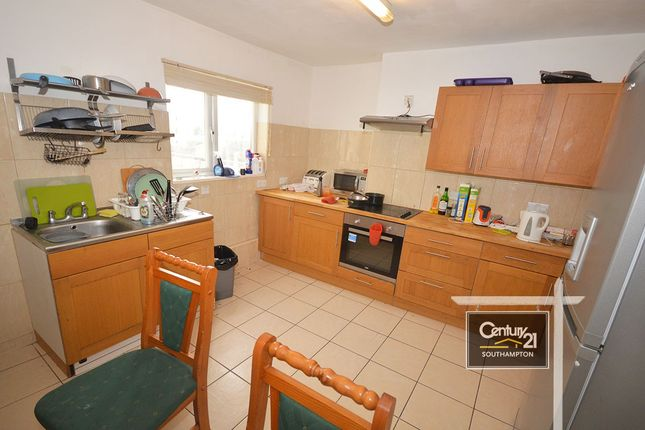 Thumbnail Town house to rent in Bellevue Terrace, Southampton, Hampshire