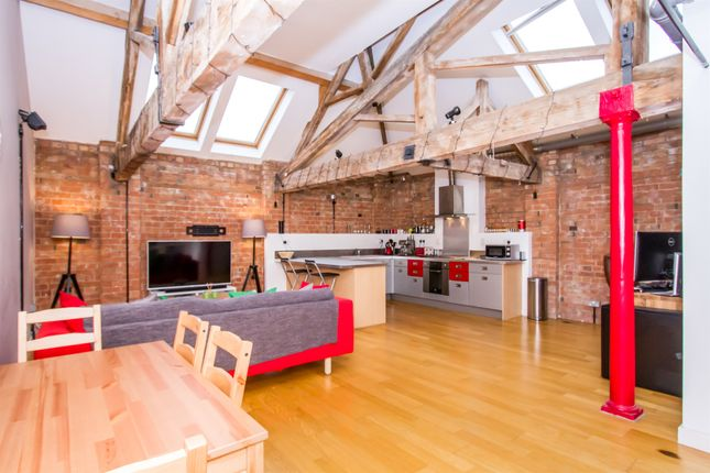 Thumbnail Flat for sale in King Street, Leicester