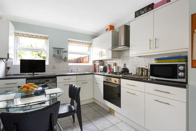 1 bed flat for sale in Ringstead Road, London SE6