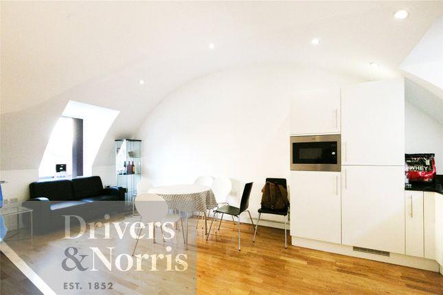 Thumbnail Flat to rent in Garrett Street, Clerkenwell, London