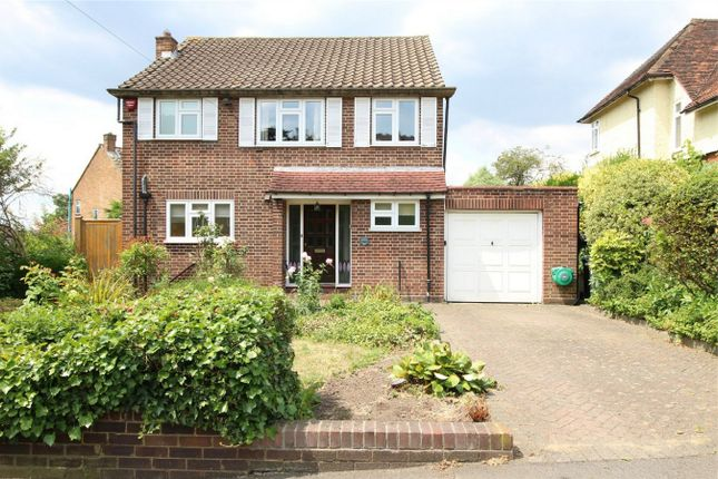 Thumbnail Detached house for sale in Uplands Park Road, Enfield, Middlesex