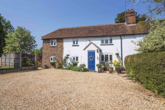 Thumbnail Cottage for sale in Lees Hill, South Warnborough, Hook