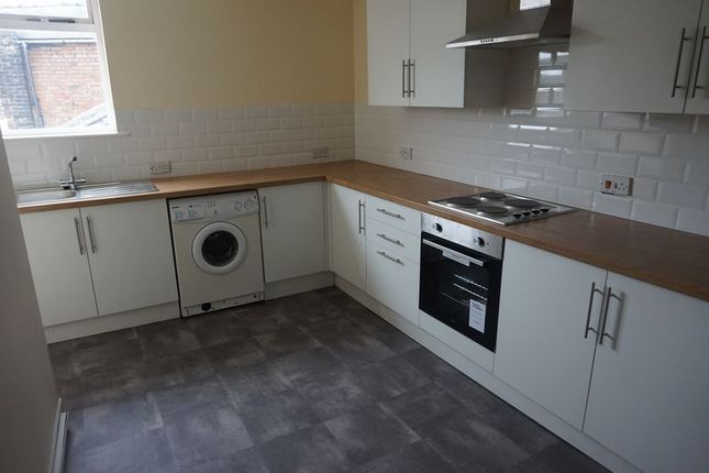 Thumbnail Flat to rent in Little Street, Congleton