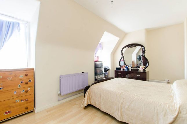 Thumbnail Flat to rent in Ashby House, Brixton, London