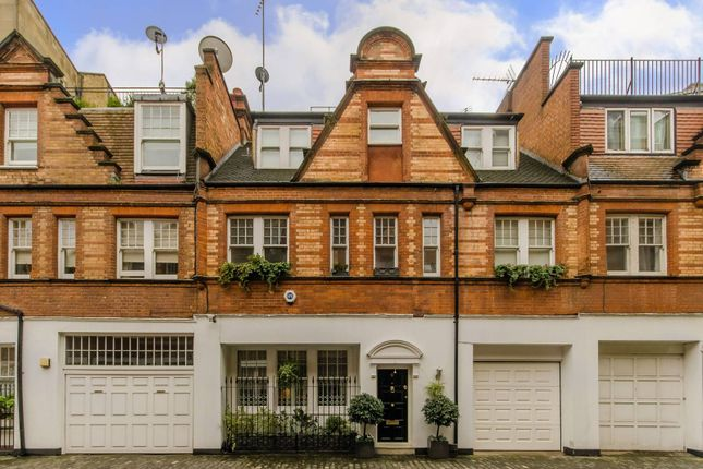 3 bed property for sale in Holbein Mews, Belgravia