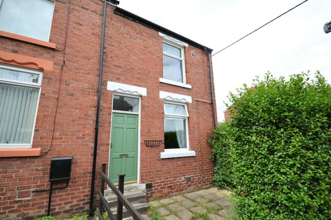 Thumbnail Room to rent in Park View, Langley Moor, Durham
