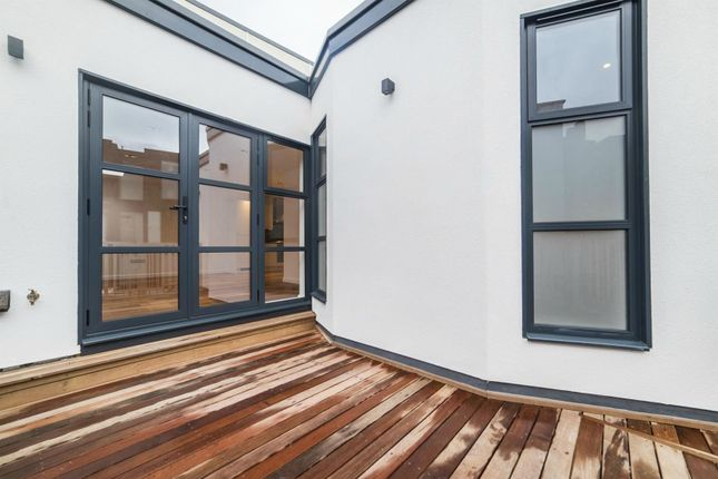 Thumbnail Flat for sale in 163-167 Bermondsey Street, Bermondsey, London