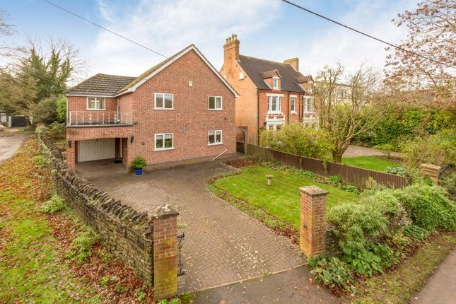 Thumbnail Detached house for sale in Eynsham Road, Botley, Oxford