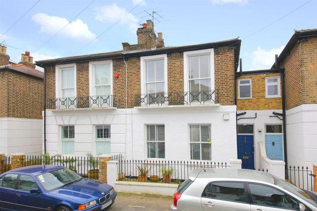 Thumbnail Cottage for sale in Oak Village, London
