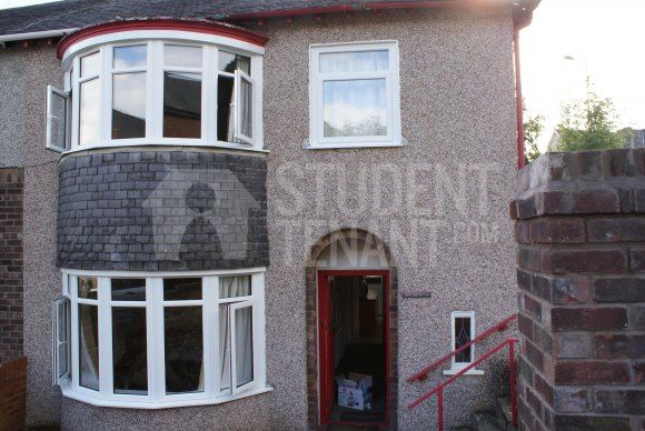Thumbnail Semi-detached house to rent in Farrar Road, Bangor, Gwynedd