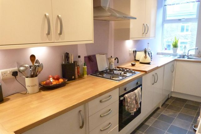 Kitchen of Melbourne Street, Saltaire, Shipley BD18