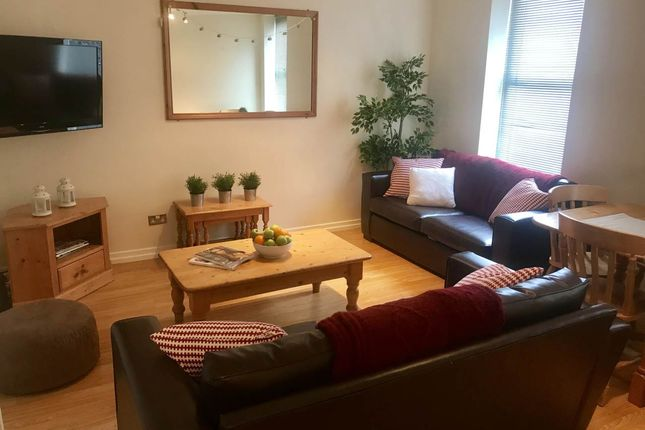 Thumbnail Flat to rent in Flat 4, 53 Osborne Road, Jesmond