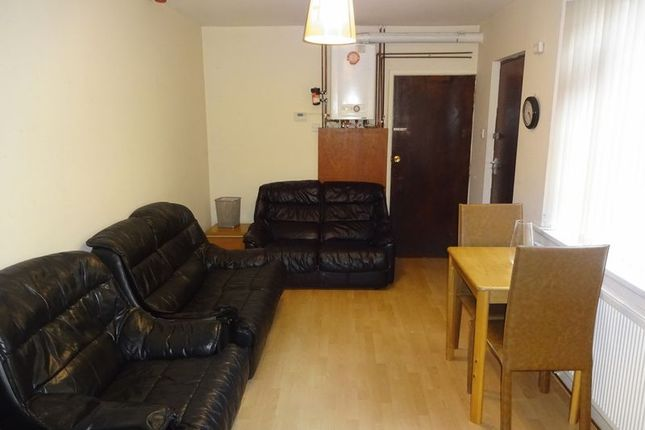 Thumbnail Terraced house to rent in Harrington Drive, Nottingham