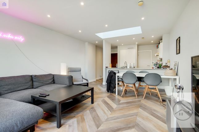 Thumbnail Terraced house to rent in Crusoe Road, Mitcham