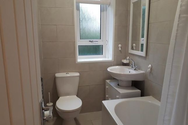 Flat to rent in Loganlea Terrace, Edinburgh