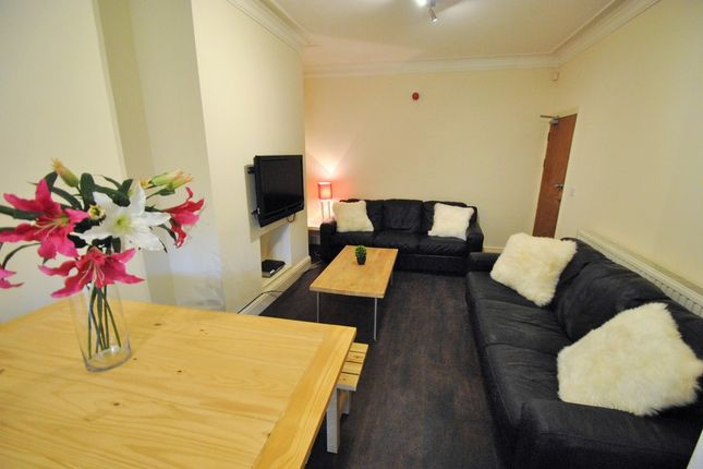 Thumbnail Property to rent in Collingwood Road, Manchester