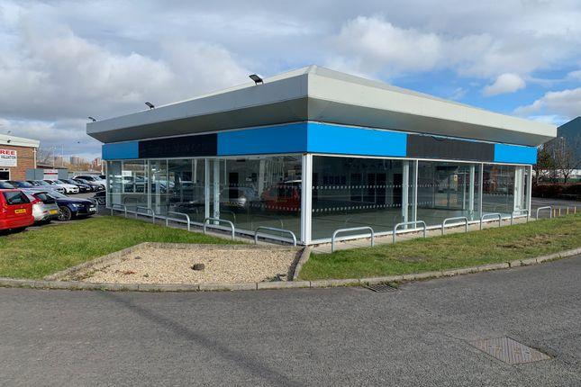 Thumbnail Retail premises to let in Former Car Showroom & Workshop Premises, Park Road, Gateshead