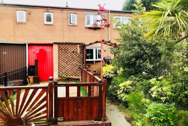 Thumbnail Property to rent in Livesey Street, Manchester
