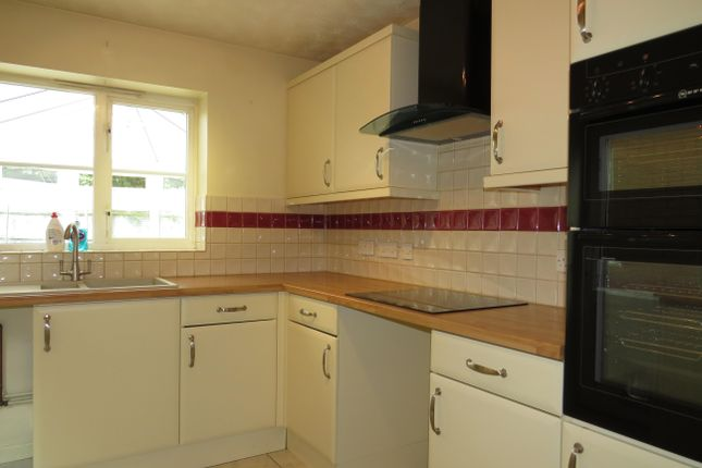 Thumbnail Property to rent in Fennel Way, Yeovil