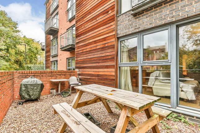 Flat for sale in Adelaide Lane, Sheffield