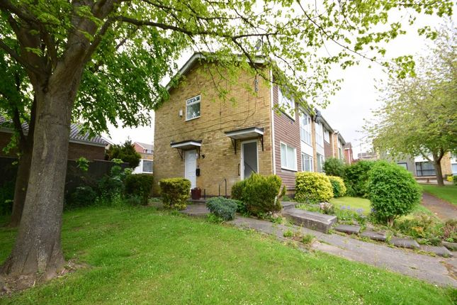2 bed flat to rent in Hillhead Parkway, Chapel House, Newcastle Upon Tyne NE5