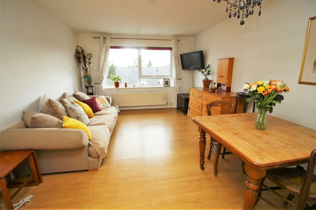 Thumbnail Flat for sale in Percy Gardens, Enfield