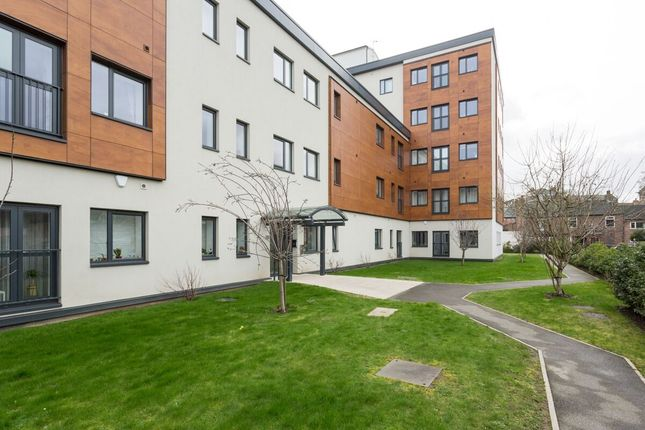 Thumbnail Flat for sale in Holgate Road, York