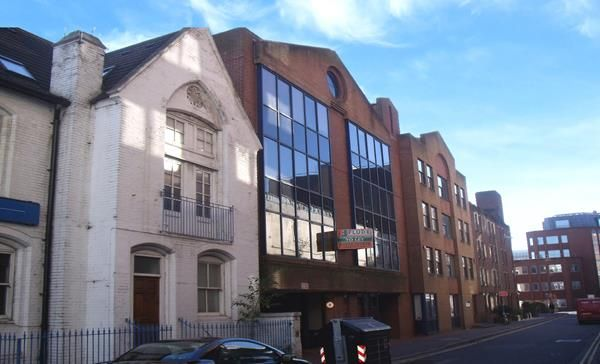 Thumbnail Office to let in Second Floor, 36 Frederick Place, Brighton, East Sussex