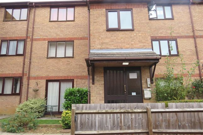 Thumbnail Flat for sale in North Street, Rushden