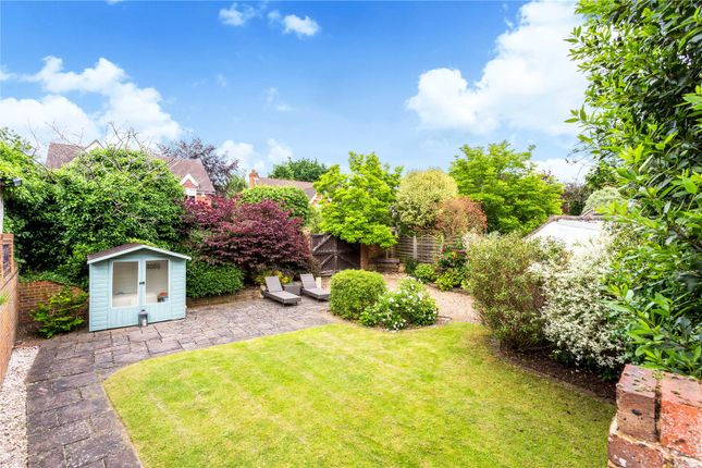 Picture No. 23 of Orchard End, Weybridge, Surrey KT13