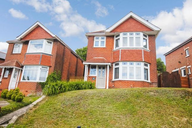 Thumbnail Detached house for sale in Chessel Avenue, Southampton