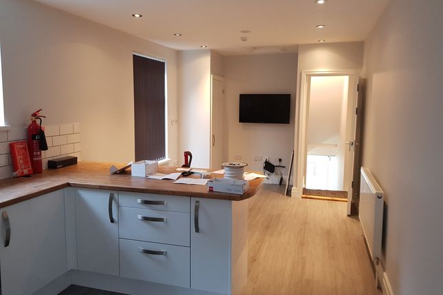 Thumbnail Property to rent in Southville Mews, The Grove, Uplands, Swansea