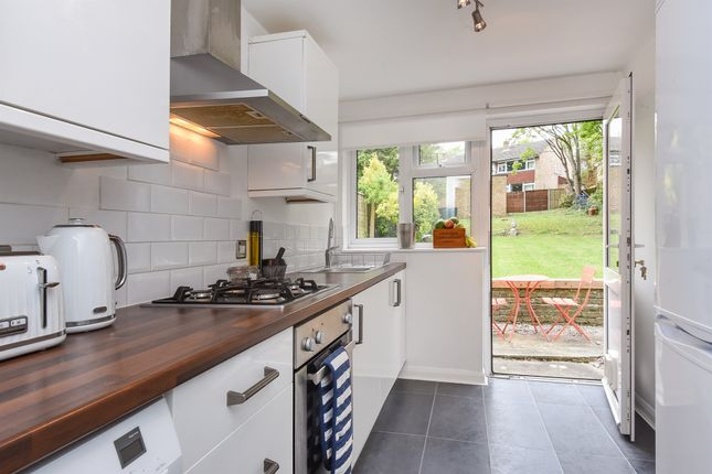 Thumbnail Flat for sale in Avondale Road, South Croydon