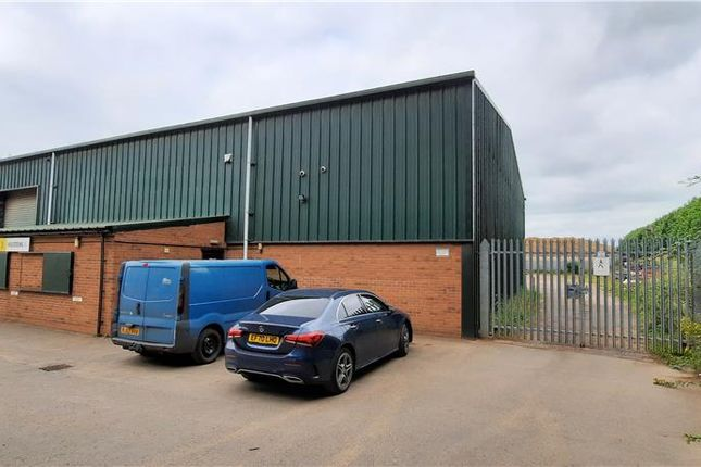 Thumbnail Warehouse to let in Unit 3, Guinness Park Farm, Leigh Sinton, Malvern, Worcestershire