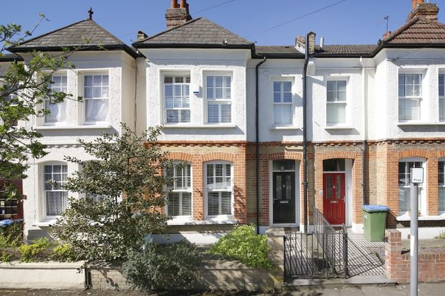 Thumbnail Flat for sale in Wyndcliff Road, London