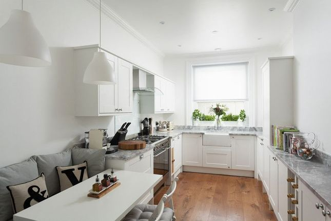 Thumbnail Flat for sale in Kentish Mansions, London Road, Tunbridge Wells