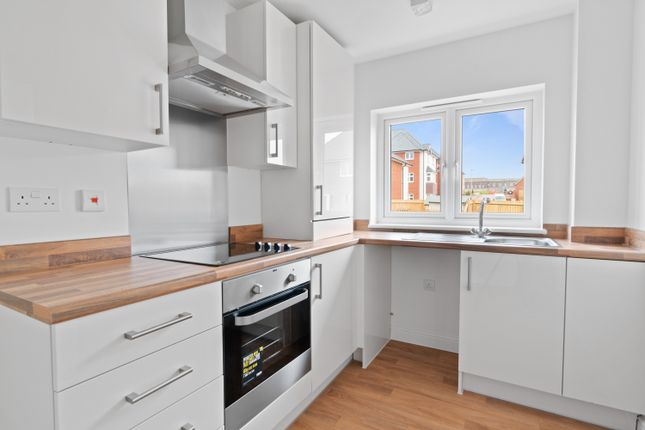 1 bedroom flat for sale in Hawkin Road, Exeter