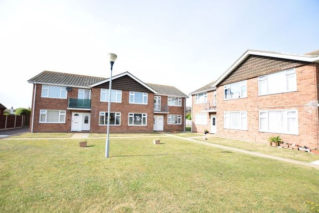 Thumbnail Maisonette for sale in Boscombe Court, Frinton Road, Holland-On-Sea, Clacton-On-Sea