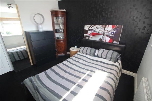 Bedroom of Midgeland Road, Blackpool FY4