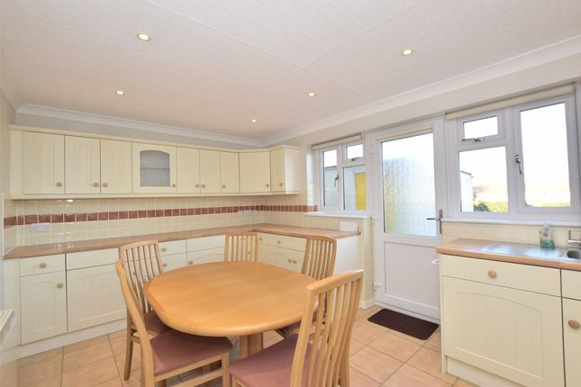 Thumbnail Terraced house to rent in Queens Drive, Bath, Somerset