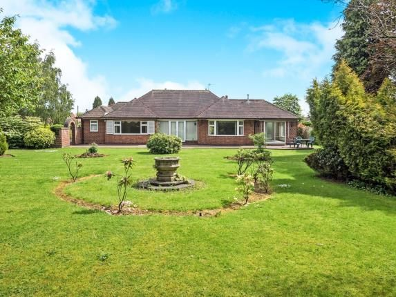 Thumbnail Bungalow for sale in Firs Road, Edwalton, Nottingham