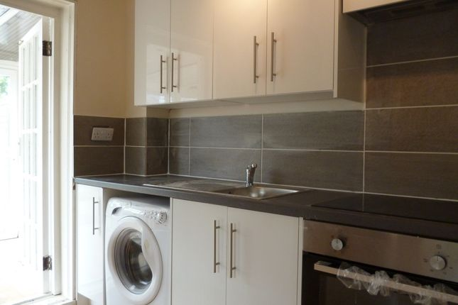Thumbnail End terrace house to rent in Axtell Close, Kidlington