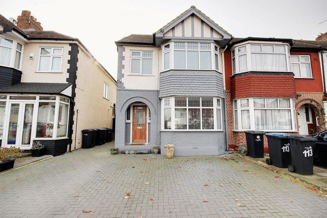 Thumbnail Terraced house for sale in New Park Avenue, London