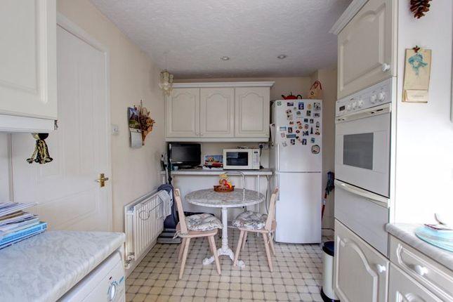 Photo 2 of Broadbent Close, Rownhams, Hampshire SO16