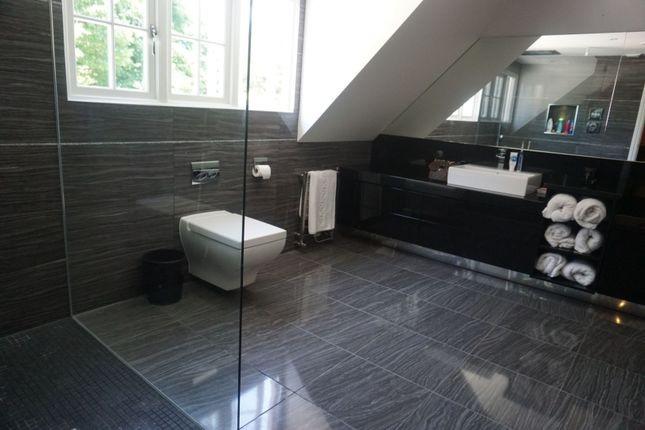 Master En-Suite of Ide Hill, Sevenoaks TN14